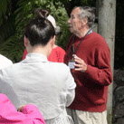 Otari volunteer hosting bus tour group
